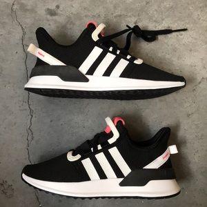 Adidas U Path Run shoes
